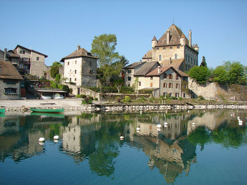 Map Of Yvoire France.Yvoire Medieval Lakeside Village And Garden Of Five Senses